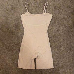 Spanx shapewear size medium